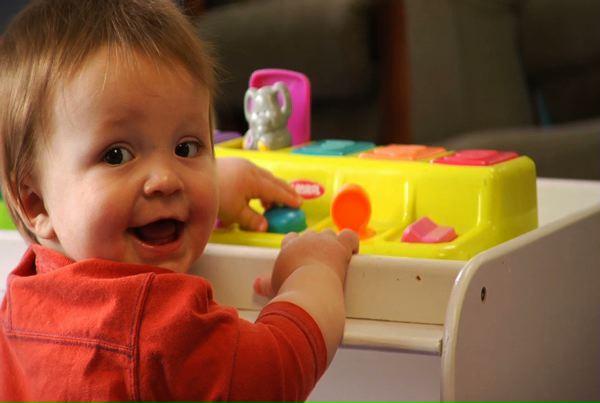 Soins aux bébés : la toilette nasale